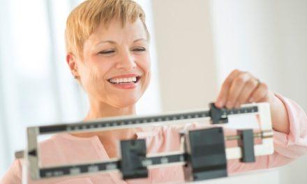 Perdre du poids à la ménopause : comment maigrir après 50 ans